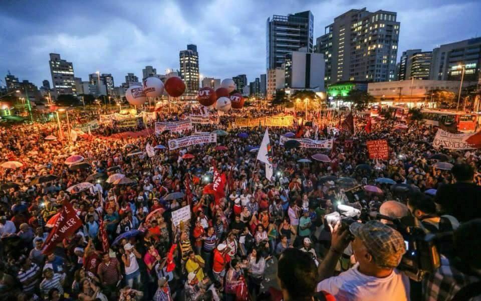 Un paso contundente en la lucha contra el ajuste de Dilma