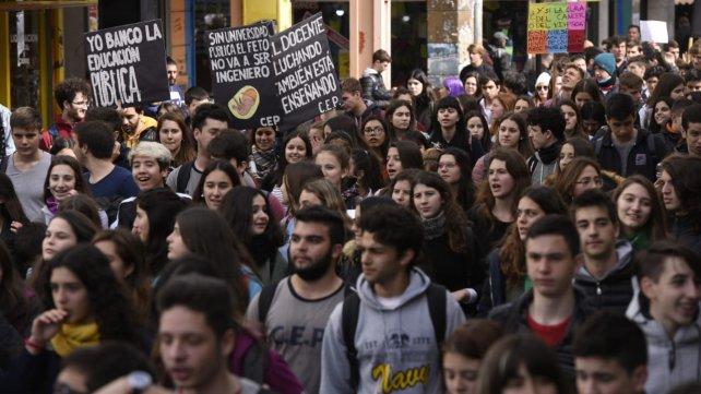 Plan de lucha YA en defensa de la Educación Pública