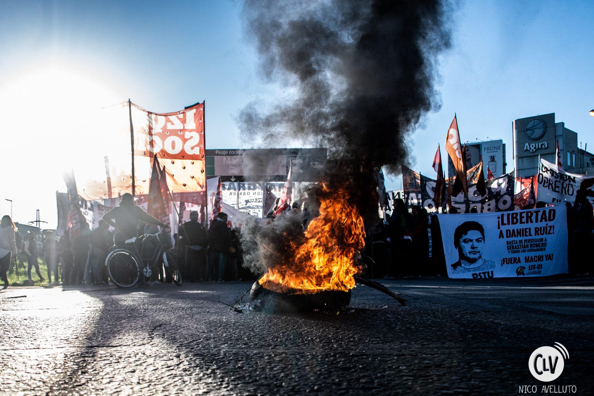 Hay que seguir hasta echar a Macri y el FMI