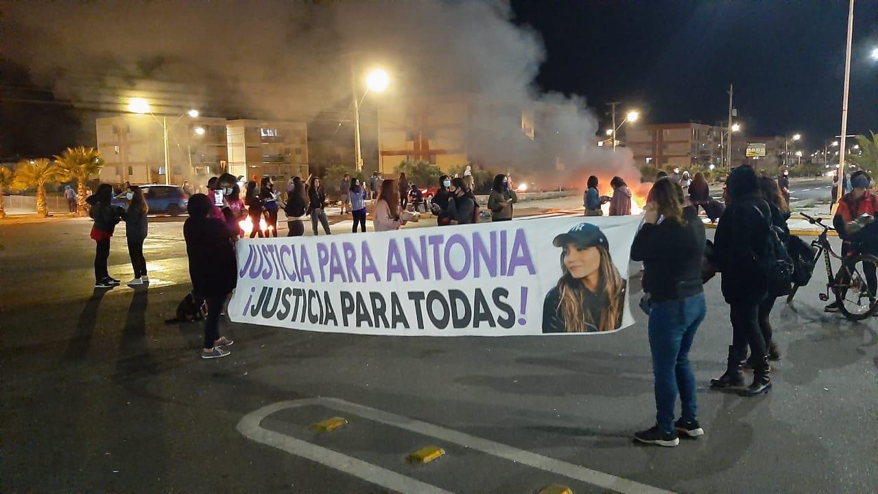 ANTONIA BARRA: CUANDO LA JUSTICIA SE IMPONE EN LAS CALLES
