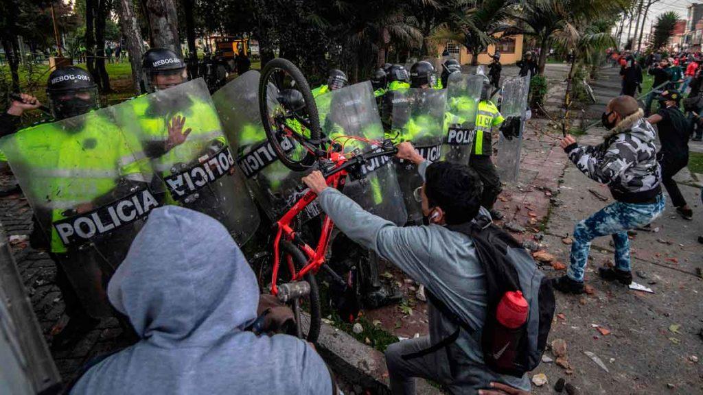 COLOMBIA:MOVILIZACIÓN POPULAR CONTRA LA VIOLENCIA POLICIAL