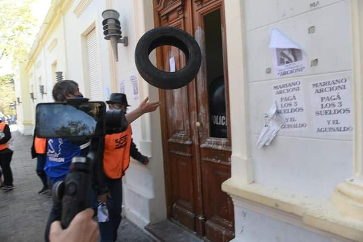 LAS LUCHAS OBRERAS, LA VANGUARDIA Y LOS DESAFÍOS PRESENTES