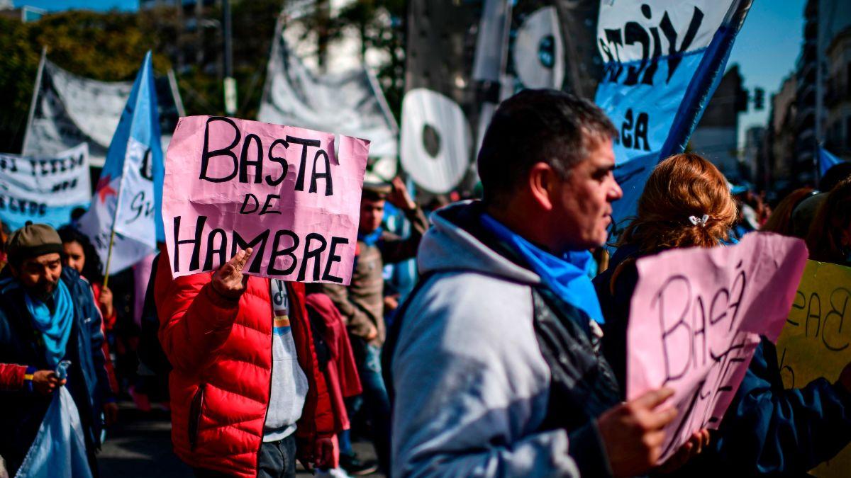 SIGUE AUMENTANDO LA POBREZA EN ARGENTINA